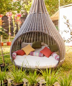 Градински мебели и екстериор